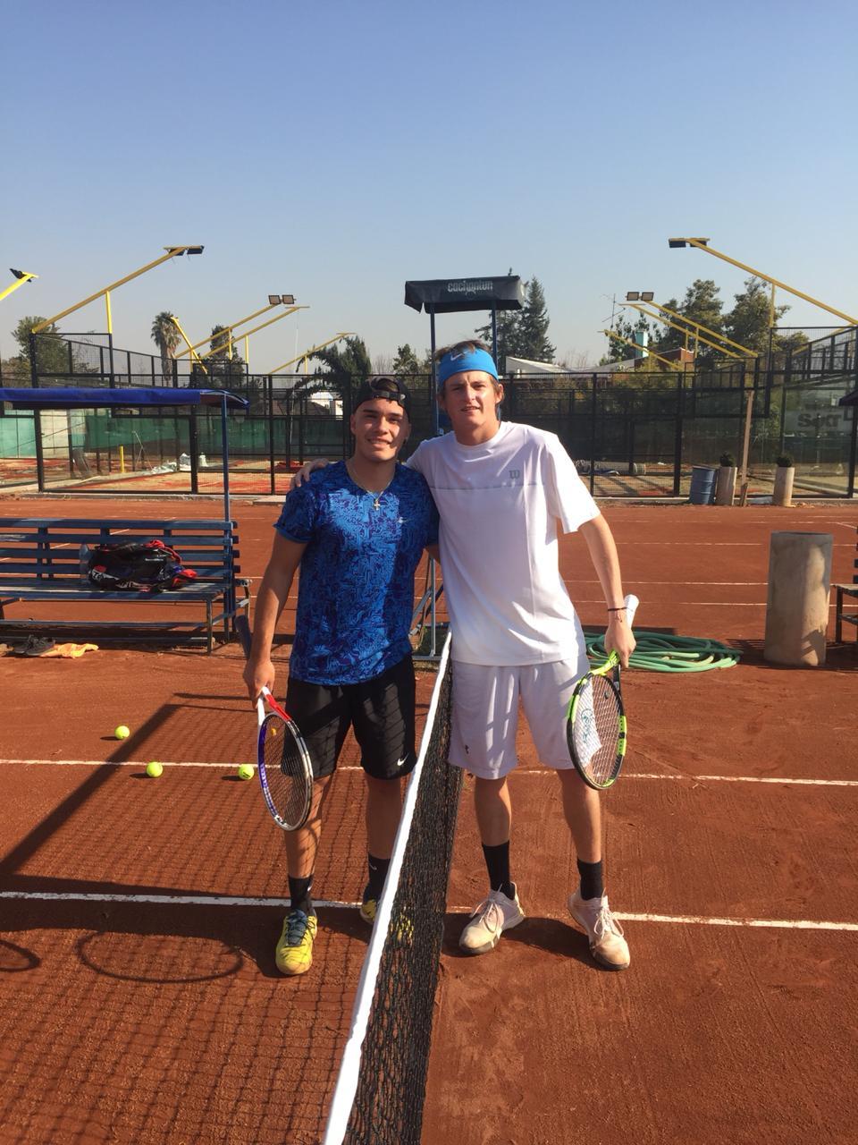 Achondo consigue 2 de 3 torneos jugados en Chile