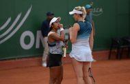 Alexa Guarachi y Sabrina Santamaría avanzaron a segunda ronda del dobles en Núremberg