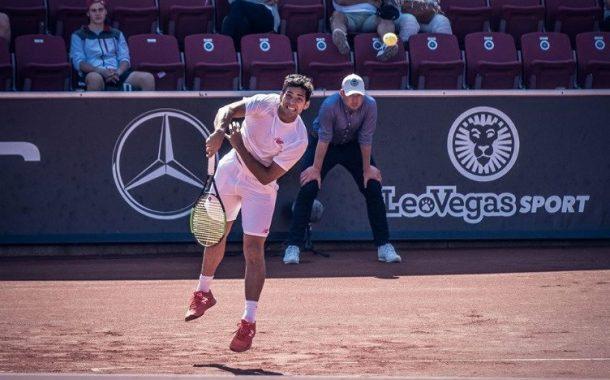 Christian Garín avanzó a los octavos de final en el ATP de Río