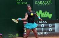 Una imponente Daniela Seguel se mete en cuartos de final