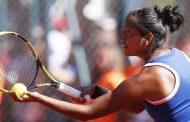 Daniela Seguel sufrió lesión al comienzo del partido y se retiró en Italia