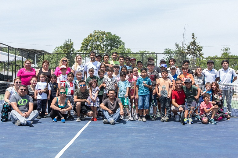 Futuros Para el Tenis y Hans Podlipnik realizaron diversas actividades