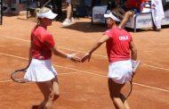 Un triunfo en el dobles cerró el día en la Fed Cup