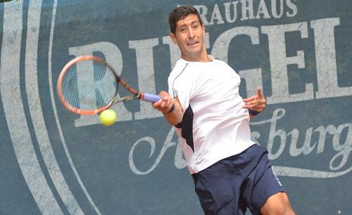 Hans Podlipnik avanzó a cuartos de final en el dobles de Nanchang