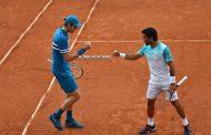 Jarry y González pasan a cuartos de Roland Garros