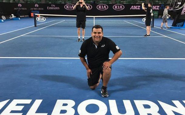 Josué González, el chileno que le prepara las raquetas a los mejores en el Australia Open