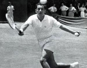 El recuerdo de Luis Ayala, el chileno que la rompió en Roland Garros