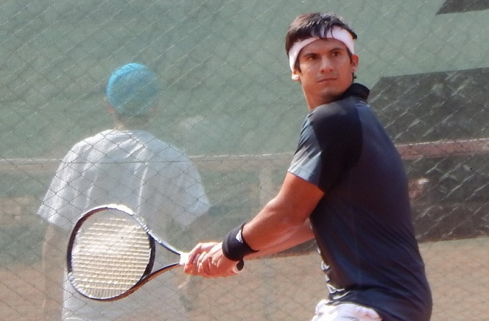 Bastián Malla a octavos en sencillos y cuartos en duplas de ITF español