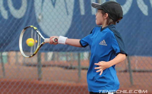 Massú tenis recibió la cuarta etapa del Circuito Tenis 10