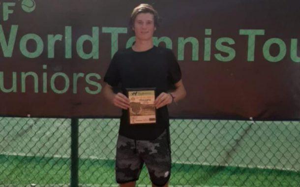 El tenista N°1 de Chile en junior que ha subido más de 600 puestos en el ranking: