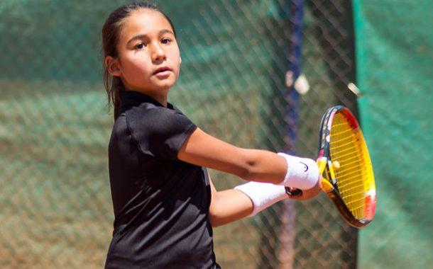 La increíble resiliencia de la ganadora de cancha naranja del último tenis 10