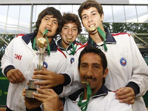 4 títulos mundiales de Tenis para Chile en 7 finales disputadas por equipos - esas citas planetarias: 2010: Campeones Mundiales Sub 14 en República Checa